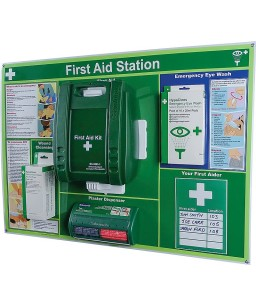 First Aid Station Medium FAS02